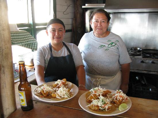 Bally Hoo Restaurant & Margaritas Bar: Gracias amigas!