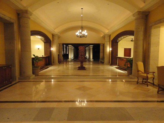 Hilton Los Cabos Beach & Golf Resort : Alternative entrance