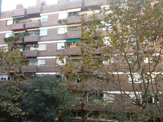 NH Barcelona Eixample: vista dalla camera sulla strada 2 piano