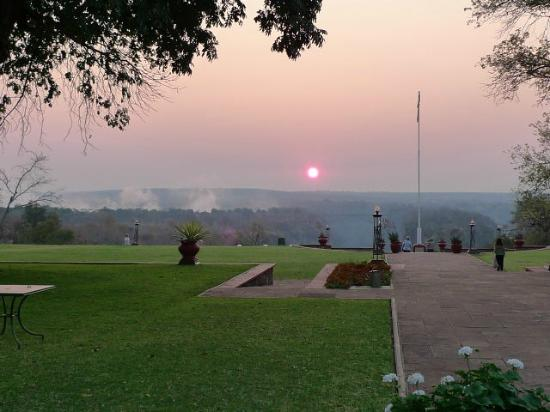The Victoria Falls Hotel: Sunrise