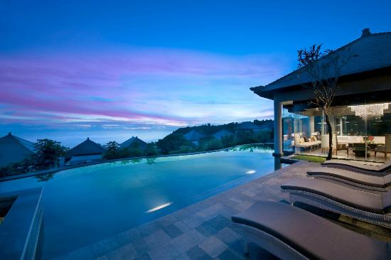 Presidential Villa Pool Deck Picture Of Banyan Tree Ungasan Bali