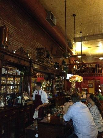 Ambrosia Restaurant & Bar: Bar