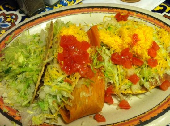 Rosa's Cafe and Tortilla Factory : Taco, tamale and tostada with guacamole