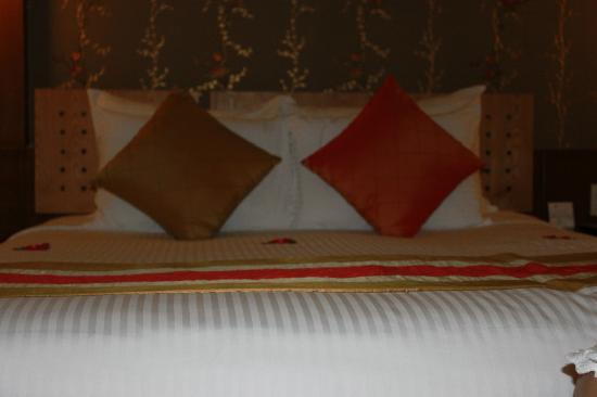 Hanoi Elegance Ruby: Comfy bed