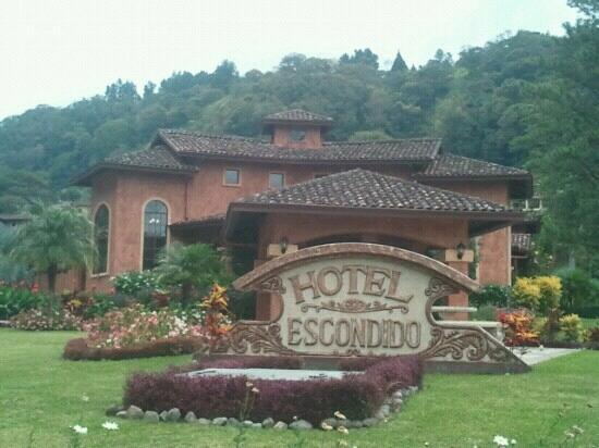 Valle Escondido Resort Golf & Spa: Fachada frontal del hotel al 4/12/12