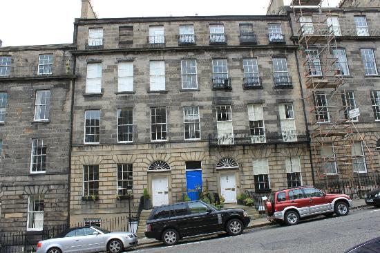 11 Nelson Street