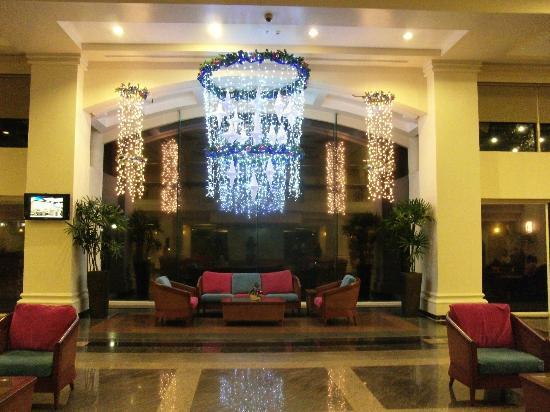 Canyon Cove Hotel & Spa: hotel lobby