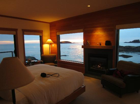 Wickaninnish Inn and The Pointe Restaurant: Inside the room