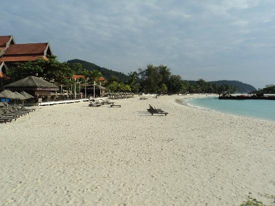 Laguna Redang Island Resort: beach