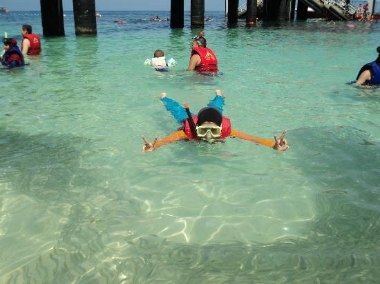 لاجونا ريدانج آيلاند ريزورت: snorkeling 