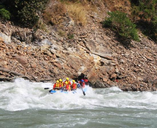Paddle India: Entering the Golf Course Rapid