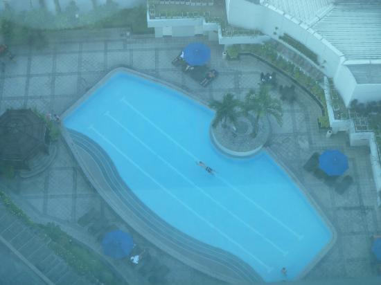 Ascott Makati: View of pool from our window