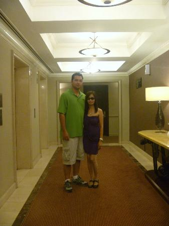 Ascott Makati: Hallway leading to our room