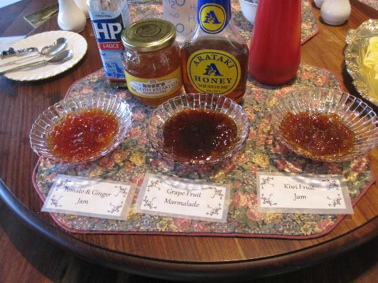 Bellrock Lodge: homemade jams at Continental breakfast