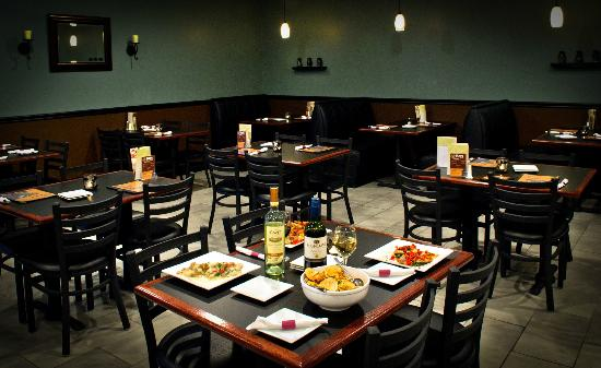 Three Olives: Come see our beautiful dining room!