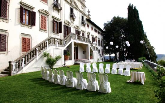 Villa  Vistarenni: before the ceremony