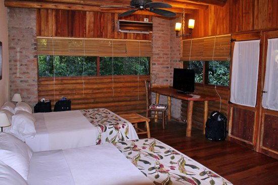 La Aldea de la Selva Lodge: Inside the room