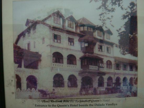 Queens Hotel Kandy: hotel colonial