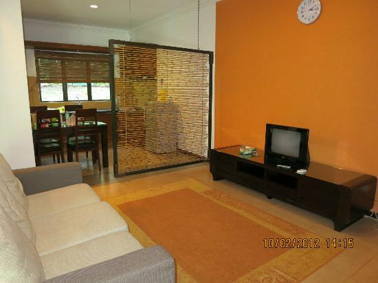 Felda Residence Hot Springs: living room area