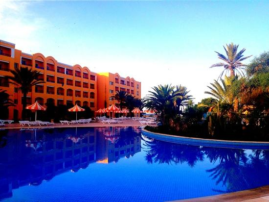 Nour Palace Resort : swimming pool