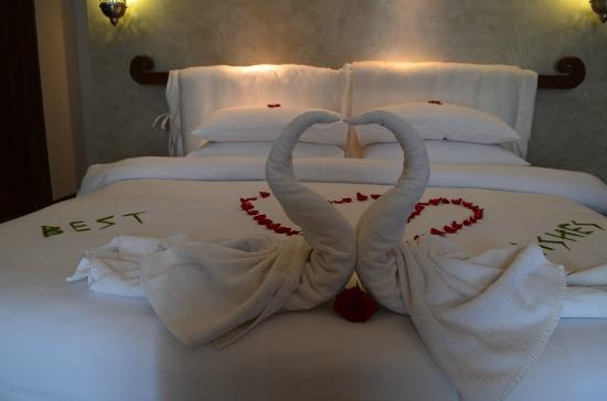 Vivanta by Taj Bekal: Decorations for couples stay
