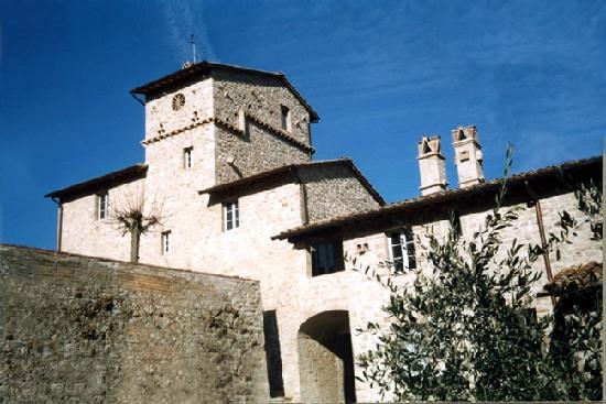 Agri&Golf: Uno dei due antichi casali ristrutturati