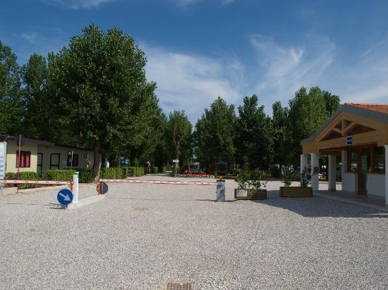 Camping Venezia Village: entrata / reception