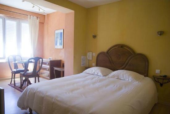 Hotel de la Foret : Chambre Club