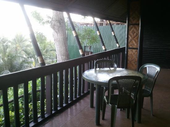 Bohol Tropics Resort: Veranda