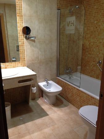 Hotel Vertice Sevilla: Baño