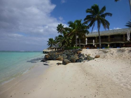 Sanctuary Rarotonga-on the beach: resort