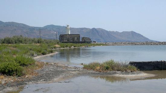 Il paesaggio su lipari dalla portella picture of salina for Salina sicily things to do