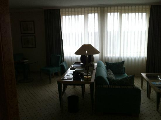 Hotel Palace Berlin: Blick in unsere Suite