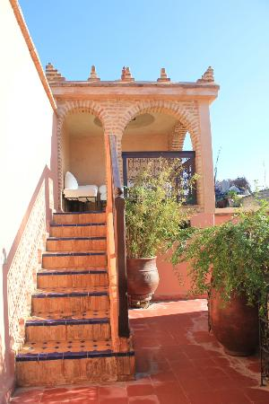 Riad Louaya : the lounge on the terrace
