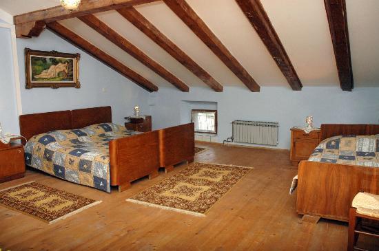Lazzarini-Battiala Palace St Martin: App.Kostanj bedroom