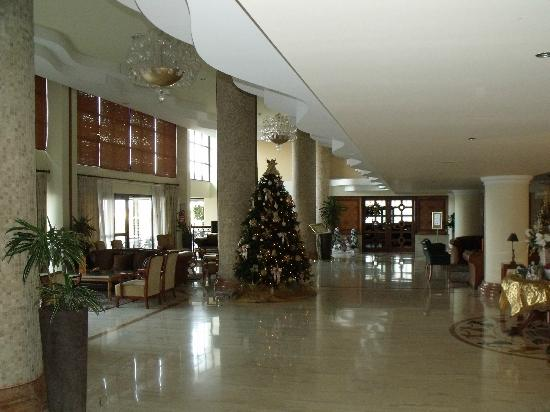 Atlantica Golden Beach Hotel: Main lounge/reception