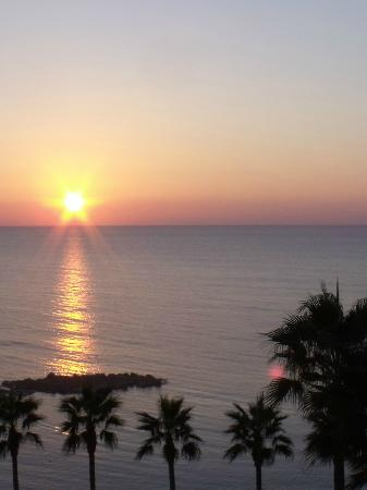 Atlantica Golden Beach Hotel: One of the sunsets