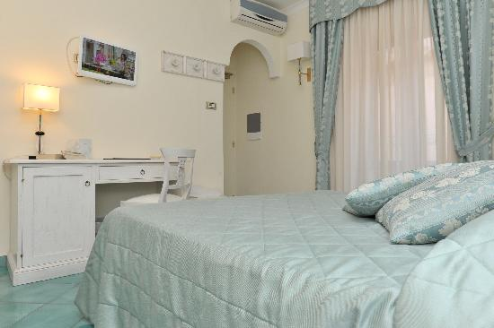 Hotel Santa Lucia: camera