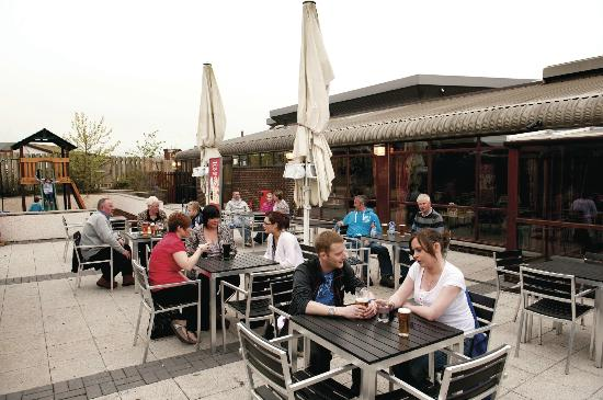 Parkdean - Southerness Holiday Park: Outdoor Terrace at Coast Bar & Kitchen at Parkdean Southerness Holiday Park