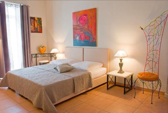 Petit Hotel Marseillan: Zimmer Palmier