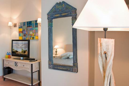 Petit Hotel Marseillan: Zimmer Palmier vom Balkon aus