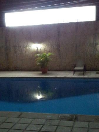Apart-Hotel Plaza Colonial: Piscinita...