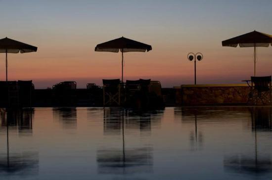 Villa Manos: Pool