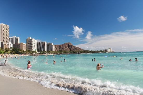 Outrigger Waikiki Beach Resort: looking at Diamond Head from the beach
