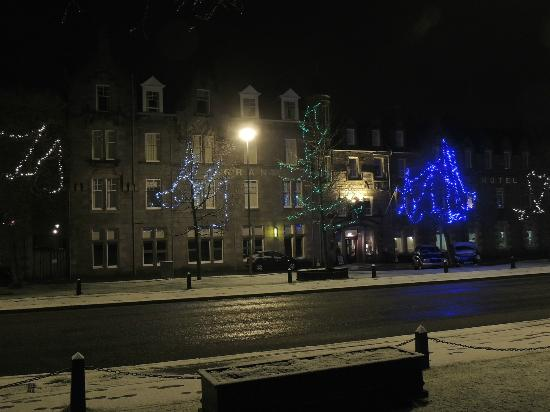 Grant Arms Hotel: Hotel with Christmas Lights