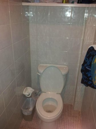Hotel Discovery:                                     El baño