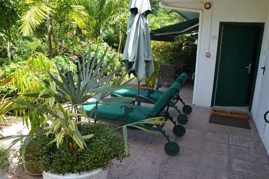 Hanneman Holiday Residence: Terrace Studio Apartment - Patio 2