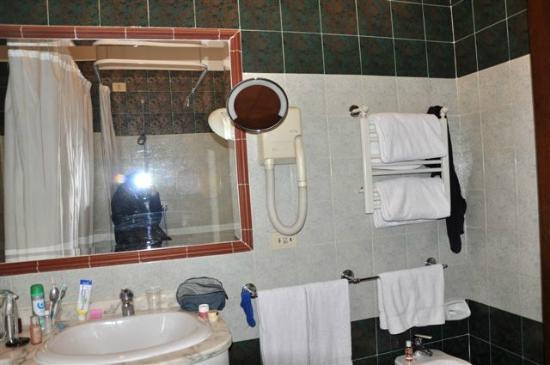 Hotel Malaspina: bagno bis