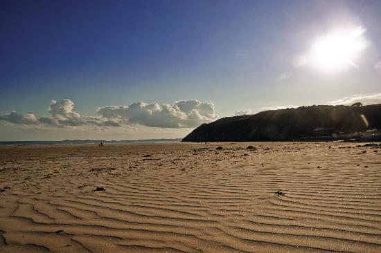 Hotels Near Pendine Sands