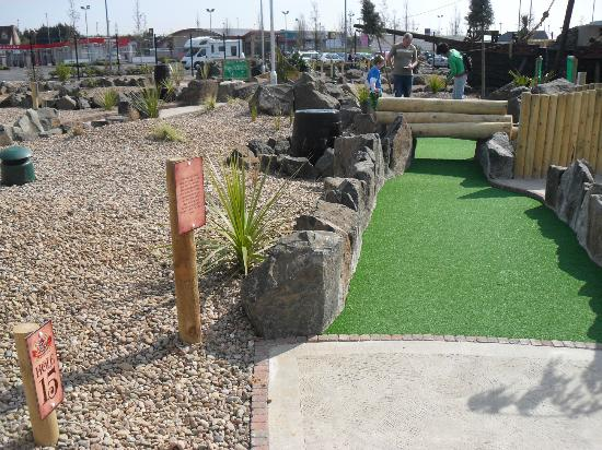 Junction Jack's Mini Golf: Hole 15